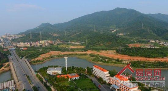 呼吸500倍负氧离子含量珍稀空气,紧邻风景优美的郴江河沿江河风光带